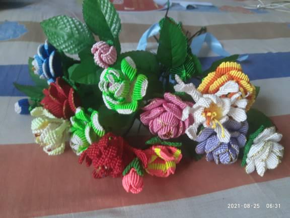 中国结论坛 我的一束花 一朵花的故事,画一束花,以一束鲜花写一个故事,一束花,一束鲜花的作文 作品展示 211028ube4ihi86egbq2i4