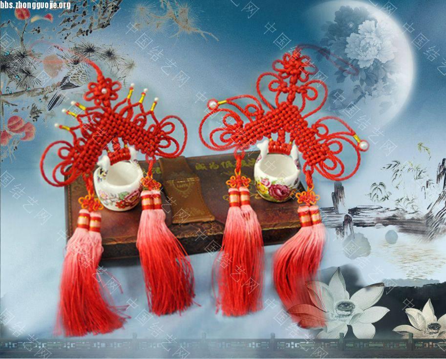 中国结论坛 我曾在网上看见黑龙江的结友编的八匹马,我非常喜欢,我试着编了一匹  立体绳结教程与交流区 1012032114a1c937685551aa22