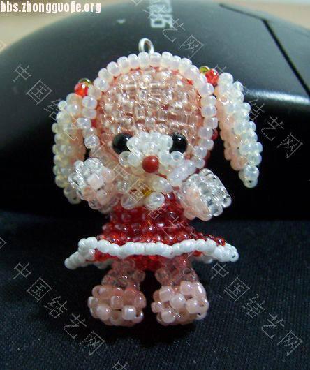 中国结论坛 过年了,再发一个红帽子红裙子的兔  串珠其他手工资料分享 101219205455c892f5d8c211e5
