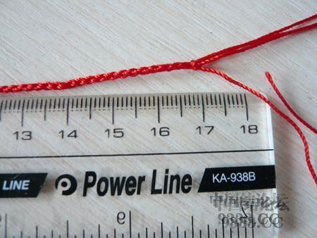 中国结论坛 三生绳三层红绳手链的编法(多图) 手链,一根红绳怎么编手链,各种寓意好的绳结手链,二根绳子各种编法图解 图文教程区 46ef80cfaadd3d1565a3b6021e2bdcc214