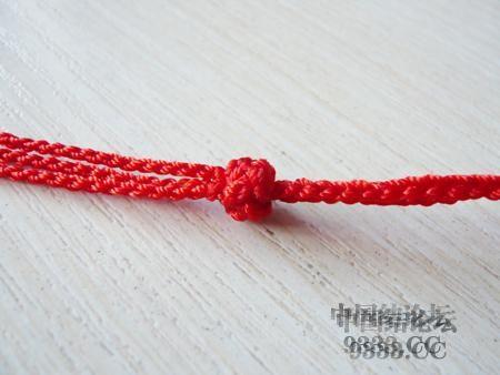 中国结论坛 三生绳三层红绳手链的编法(多图) 手链,一根红绳怎么编手链,各种寓意好的绳结手链,二根绳子各种编法图解 图文教程区 46ef80cfaadd3d1565a3b6021e2bdcc221