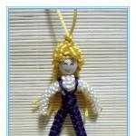 用余线编织了个小人偶