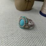 绿松石包石戒指