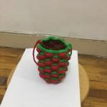 玉米结笔套与诱人的草莓笔筒