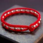 情侣手链编织本命年红绳手链编织教程,转运珠手链编法