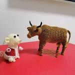 小老鼠和大黄牛