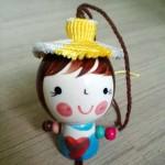 在公众号学的帽子,结合在了陶瓷娃娃头上,毫无违和感