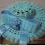 为女儿做了个斜卷结的草帽发饰