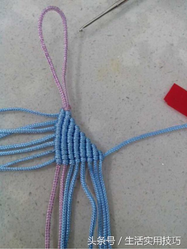 手工达人教你编织中国结小虾