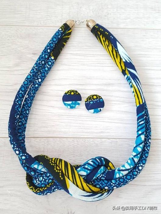 「编绳作品」彩绳子卷卷串串,简单款式项链送给不一般的你