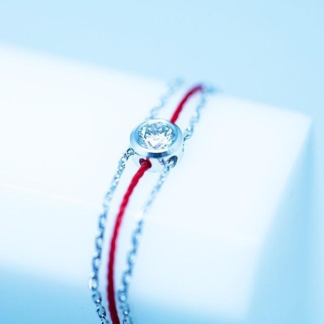 转运扮靓一链搞定,redline红绳手链明星最爱