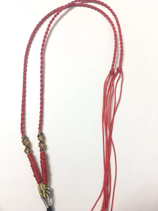 貔貅四股辫红绳项链