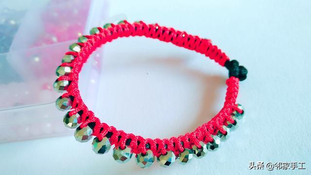 手工编织红绳手链,简单又时尚,1分钟学会