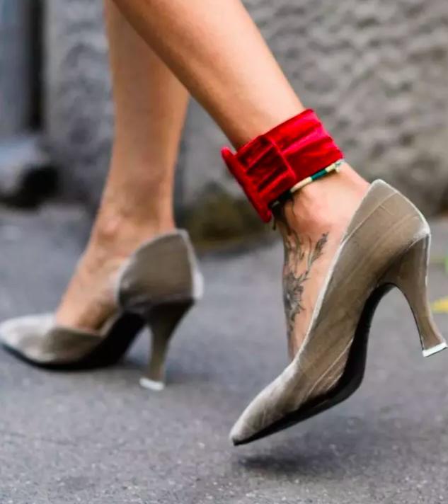 夏天怎么精致的露脚踝?戴上它就够了!