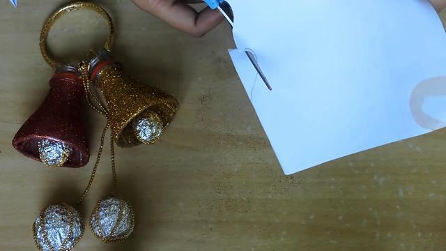 变废为宝教程,带你学习如何用塑料瓶制作漂亮的铃铛挂饰(图解)
