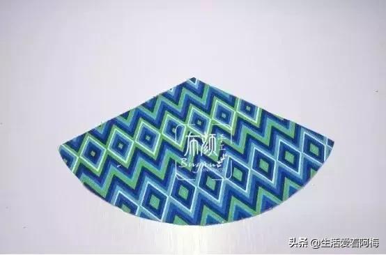 布艺葫芦香包,几个步骤简单缝制好一个小挂件,附教程