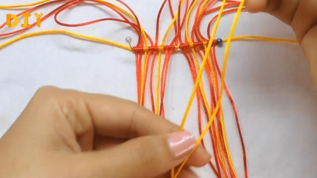 手工编织教程,学习如何编织可爱的3D小鱼挂件(图解2-1)