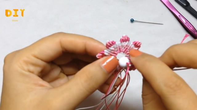 绳编小课堂,带你学习如何编制车内挂饰的方法(图解2-1)