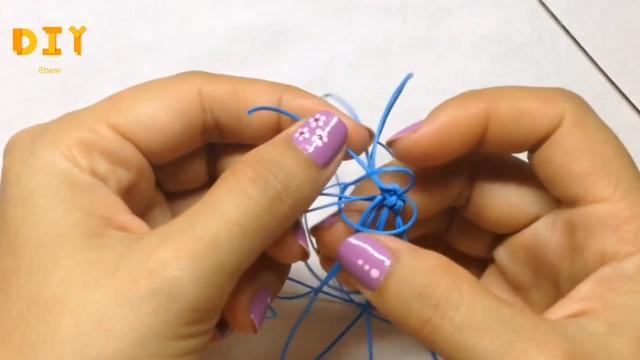 「手工绳编系列」简单又漂亮的流苏挂件绳编方法(步骤2-1)