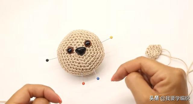 毛茸茸的可爱小刺猬挂饰,这可不是买的,手工编织教程已经送达