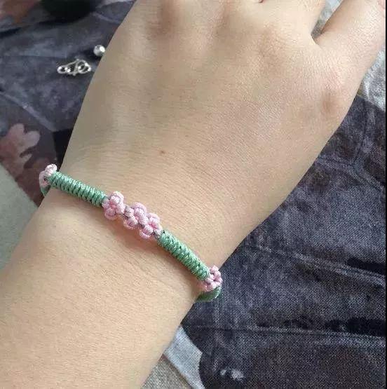 编织 | 美丽的桃花手链编法教程