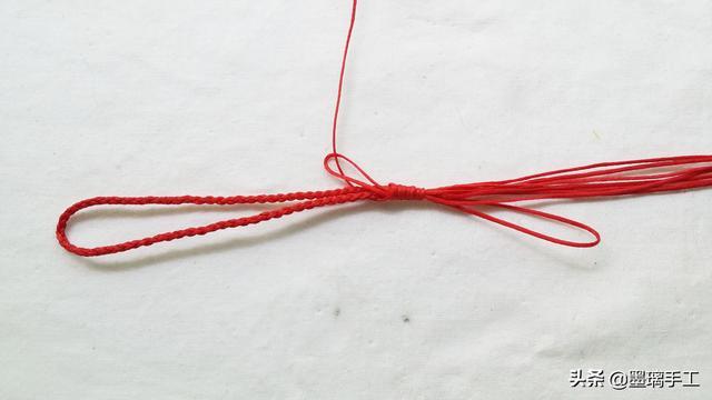 每个人都可以用的上的小物件 手工编绳DIY手机挂饰编法教程