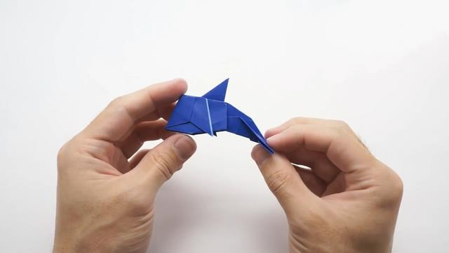 「趣味折纸DIY」可爱小海豚的折纸方法,简单又有创意