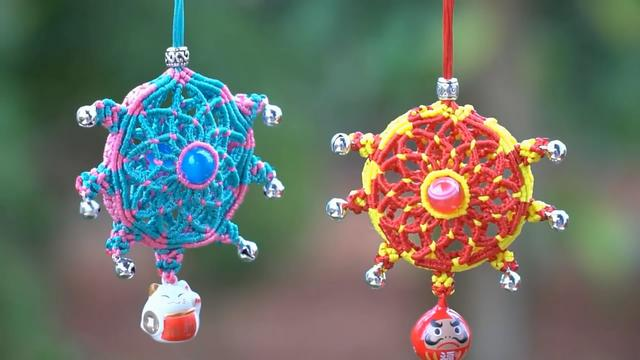 精美佩饰挂件的绳编方法,戴起来美观又时尚(图解3-1)