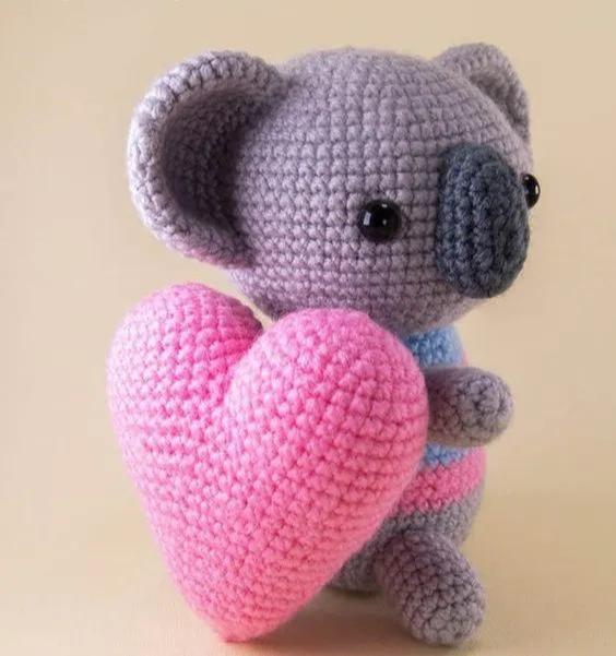 一颗红心的百变钩法,毛线钩针编织爱心挂件,手工钩编附教程