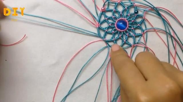 巧手绳编系列,带你学习如何编织漂亮的佩饰挂件(图解3-2)