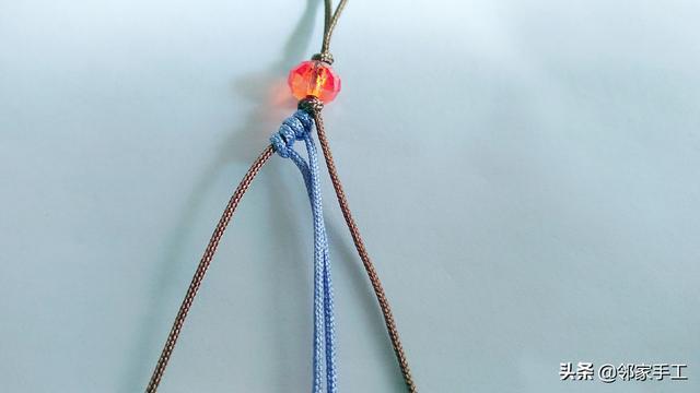 自制蝴蝶手机挂件,时尚钥匙扣包包挂件编法,看一遍学会