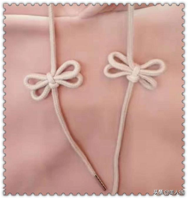建议:卫衣绳子不要瞎绑了,这样打结时尚又整洁,班花看了眼红!
