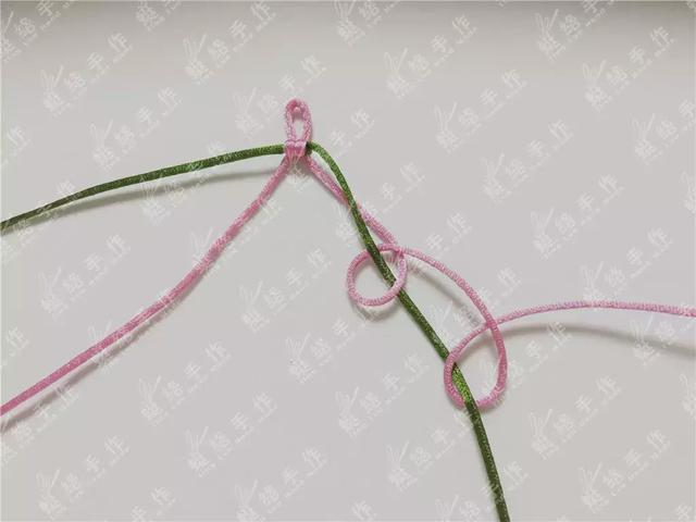 手链这样编,比你在淘宝买的还要漂亮,桃花结手绳