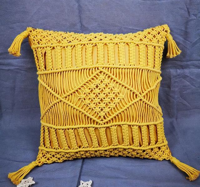 家里旧抱枕,用绳子编个枕套,让你一抱上,就不想放下来!附教程