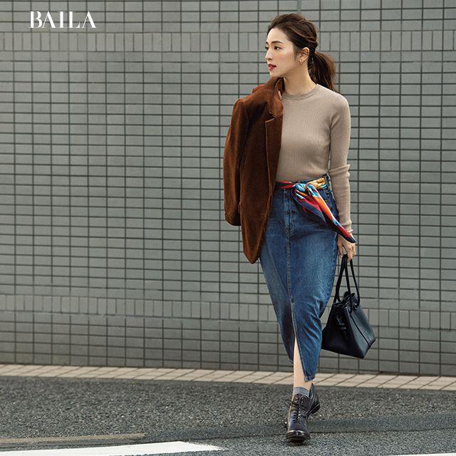 日本女星教你丝巾的超全搭配法!只会系在脖子上就太单调了!