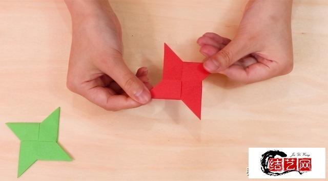 飞标怎么折?分享一个宝宝也能学会的教程,不仅容易上手还很好看