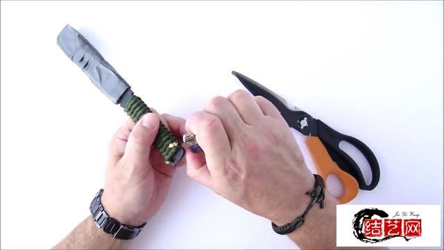 手工DIY——用伞绳编织刀把制作教程,简单实用