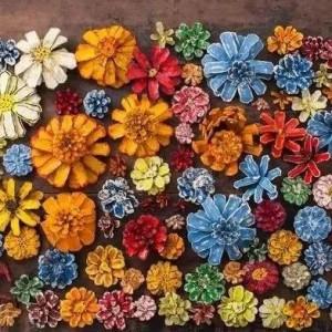 松果手工制作花步骤图,简单好看的幼儿园松果成品图片