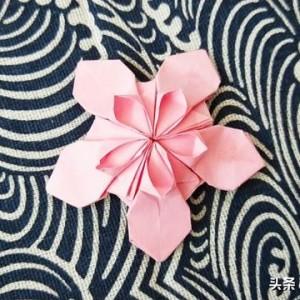 樱花折纸教程图解,简单双层折法