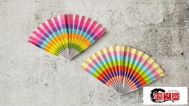 夏日炎炎,教你折一把彩虹扇子,简单好看纳凉必备