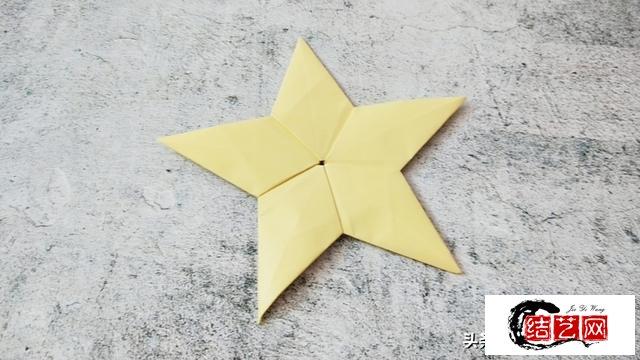 折纸教程:折一枚勋章,向英雄致敬!