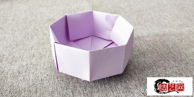 康乃馨礼物盒折纸,制作很简单,漂亮又实用