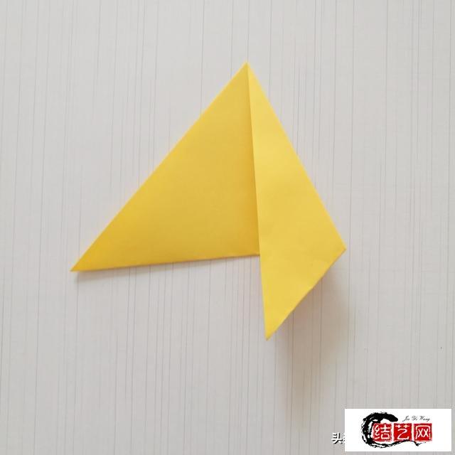 幼儿园手工,用卡纸折一个简单的天鹅,可以当收纳盒